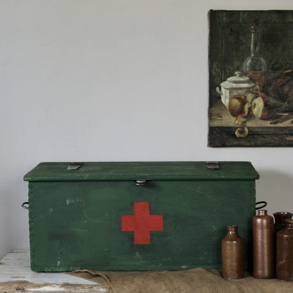 Pre war Hungarian first aid trunk